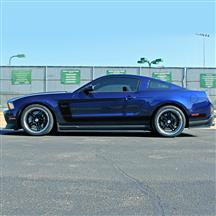 Mustang Boss C Stripe Gloss Black (10-14)