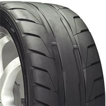 Nitto NT05R Tire - 285/40/18