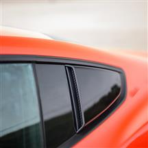 Mustang Roush Quarter Window Scoops Black (15-20)