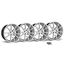 Mustang CDC Outlaw 20X10 Wheel & Lug Nut Kit  Silver (15-16)