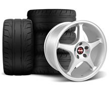 Mustang SVE 2000 Cobra R Style Wheel & Tire Kit - 18x9.5 Silver (94-04)